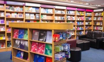 Las librerías afrontan un cambio de tendencia