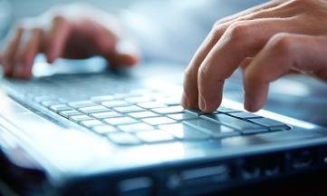CEDRO cierra 23 grupos de Facebook por piratería de libros