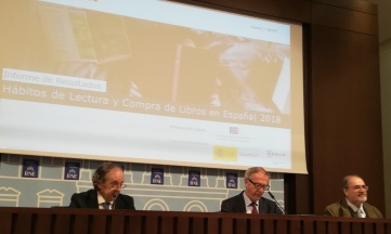 Crece el número de lectores de libros en España