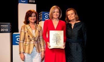 La periodista Pepa Fernández recibe el Premio CEDRO 2019